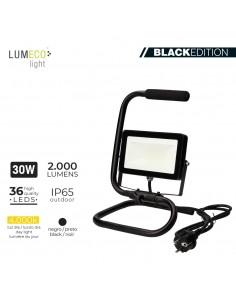 "Foco proyector led  con pie 30w 4000k 2000 lumens ""black edition"" lumeco"